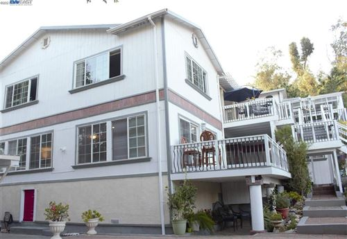 Photo of 215 W Dunne Ave, MORGAN HILL, CA 95037-4802 (MLS # 40958561)