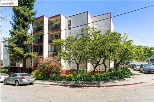 Photo of 250 Whitmore St #112, OAKLAND, CA 94611 (MLS # 40911562)