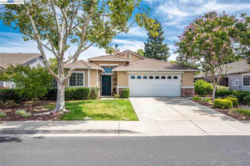 Photo of 1693 Sutter St, LIVERMORE, CA 94551 (MLS # 40916564)