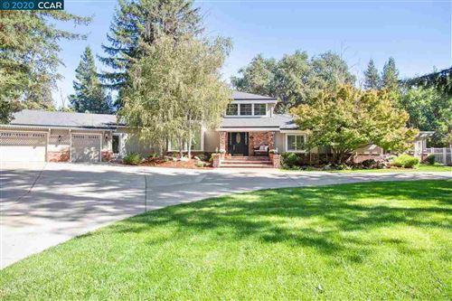 Photo of 2360 Fish Creek Place, DANVILLE, CA 94506 (MLS # 40924565)