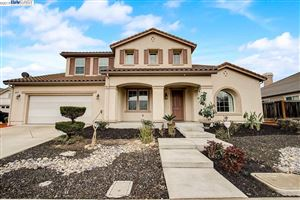 Photo of 1086 Granville Ln, BRENTWOOD, CA 94513 (MLS # 40860566)