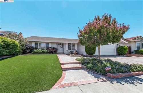 Photo of 7444 Muirwood Ct, PLEASANTON, CA 94588 (MLS # 40959566)