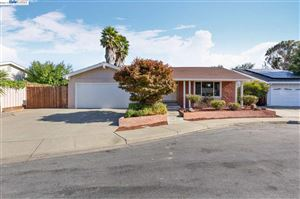 Photo of 36054 Ashton Pl, FREMONT, CA 94536 (MLS # 40885568)