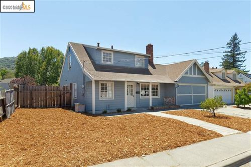 Photo of 5778 Sherwood Forest Dr, EL SOBRANTE, CA 94803 (MLS # 40911568)