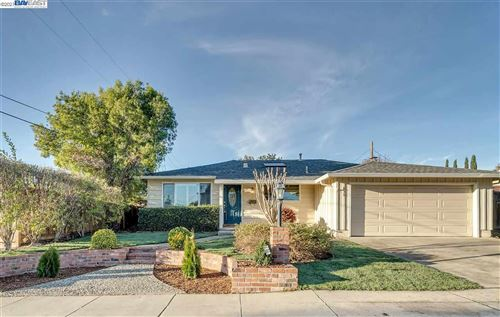 Photo of 616 Lonsdale Ave, FREMONT, CA 94539 (MLS # 40934568)
