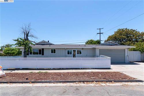 Photo of 1720 Hillsdale Ave, SAN JOSE, CA 95124 (MLS # 40955568)