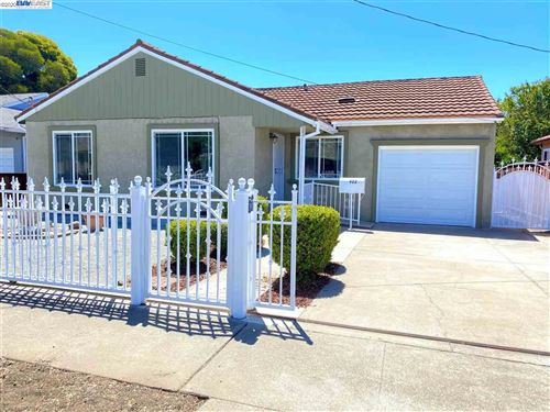 Photo of 922 Neil Way, HAYWARD, CA 94545 (MLS # 40911573)