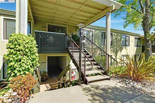 Photo of 2101 Pine Knoll Dr #4, WALNUT CREEK, CA 94595 (MLS # 40949573)