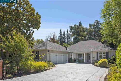 Photo of 979 Condit Rd, LAFAYETTE, CA 94549 (MLS # 40922576)