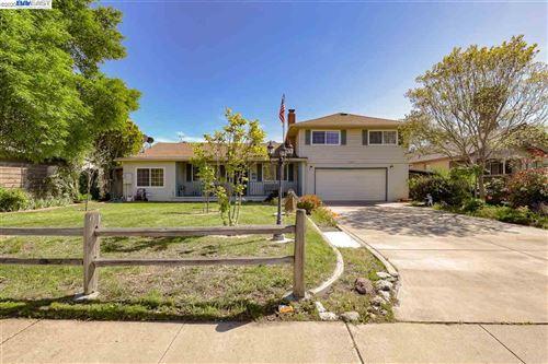 Photo of 3169 Rodeo Ln, LIVERMORE, CA 94550 (MLS # 40902577)