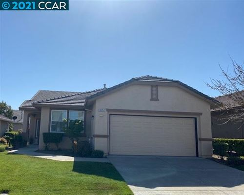 Photo of 1075 Bountiful Way, BRENTWOOD, CA 94513 (MLS # 40944579)