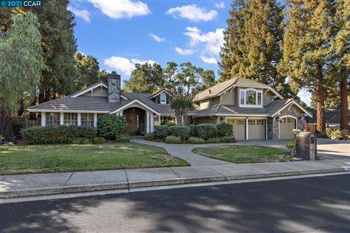 Photo of 330 Bryan Drive, ALAMO, CA 94507 (MLS # 40967579)