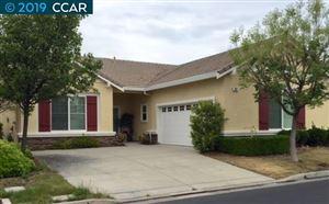 Photo of 393 EARLHAM WAY, BRENTWOOD, CA 94513 (MLS # 40849580)