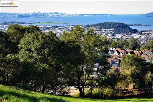 Photo of 10 Garden Drive, KENSINGTON, CA 94708 (MLS # 40891581)