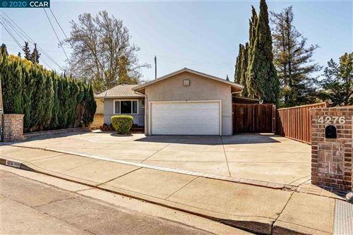 Photo of 4276 Valley Ave, MARTINEZ, CA 94553 (MLS # 40897581)