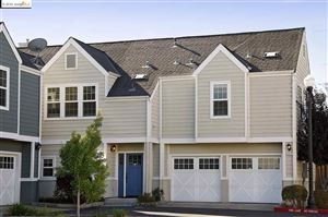 Photo of 1013 Greenbrier Ct, SAN LEANDRO, CA 94577 (MLS # 40884582)