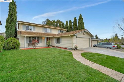 Photo of 266 Cayuga Pl, FREMONT, CA 94539 (MLS # 40900583)