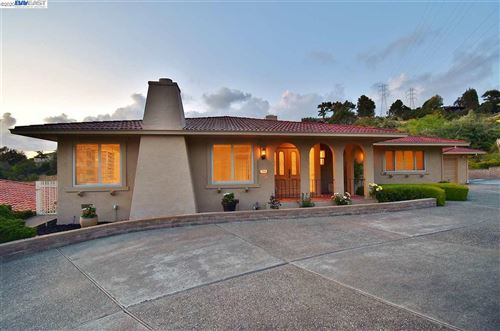 Photo of 1476 Scenicview Drive, SAN LEANDRO, CA 94577 (MLS # 40906583)