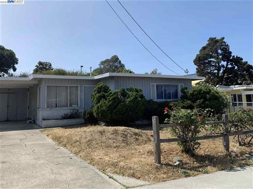 Photo of 186 Christine Dr, SAN PABLO, CA 94806 (MLS # 40921584)