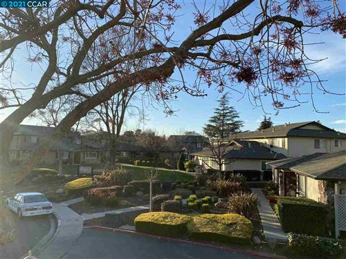 Photo of 1021 Mohr Ln #4, CONCORD, CA 94518 (MLS # 40934584)