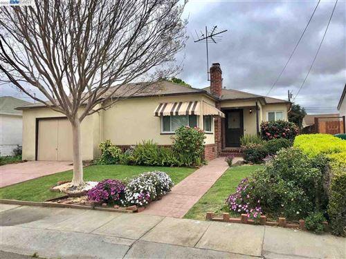 Photo of 1061 Grace St, SAN LEANDRO, CA 94578 (MLS # 40945584)