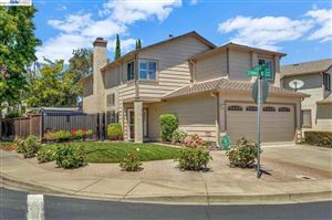 Photo of 38879 Stonington Ter, FREMONT, CA 94536 (MLS # 40875585)