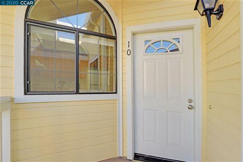 Photo of 410 Devonwood, HERCULES, CA 94547 (MLS # 40926585)