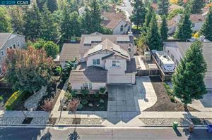 Photo of 1010 Meadow Brook Dr, BRENTWOOD, CA 94513 (MLS # 40888586)