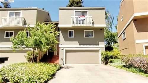 Photo of 37872 Bright Cmn, FREMONT, CA 94536 (MLS # 40906587)