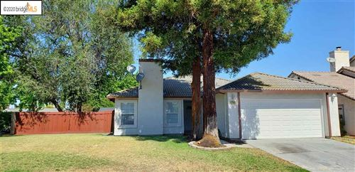 Photo of 1982 Newport Dr, PITTSBURG, CA 94565 (MLS # 40910587)