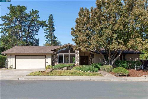 Photo of 791 Hutchinson Rd, WALNUT CREEK, CA 94598 (MLS # 40967588)