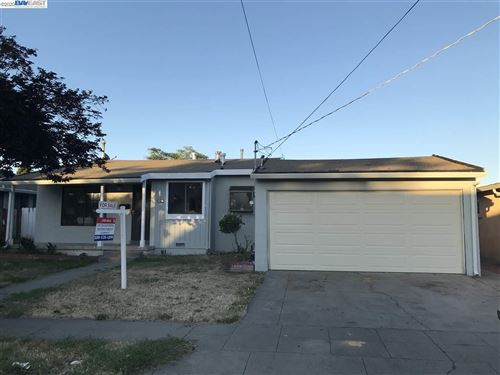 Photo of 26732 Gaither Way, HAYWARD, CA 94544 (MLS # 40906589)
