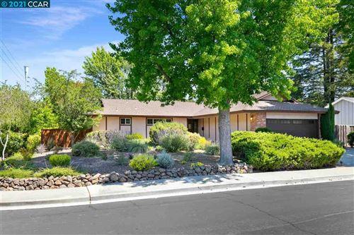 Photo of 812 Trotter Ct, Walnut Creek, CA 94596 (MLS # 40969589)