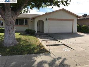Photo of 212 Elvira St, LIVERMORE, CA 94550 (MLS # 40852590)