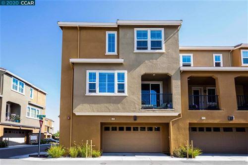 Photo of 5725 Vinca Rd, NEWARK, CA 94560 (MLS # 40912591)