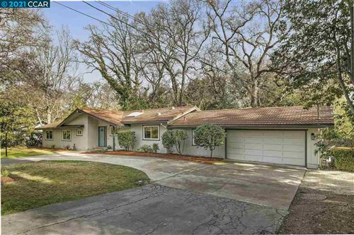 Photo of 612 St. Marys Rd, LAFAYETTE, CA 94549 (MLS # 40934593)