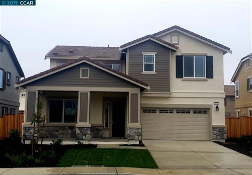 Photo of 413 Diamond Peak Lane, OAKLEY, CA 94561 (MLS # 40890594)