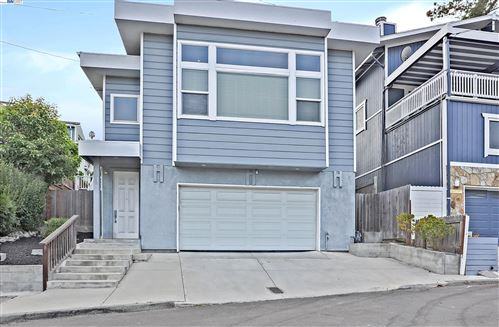 Photo of 17012 Robey Dr, CASTRO VALLEY, CA 94546 (MLS # 40960594)