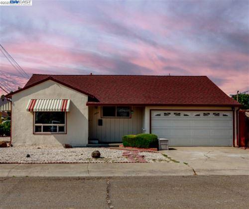 Photo of 14253 Juniper Street, SAN LEANDRO, CA 94579 (MLS # 40921595)