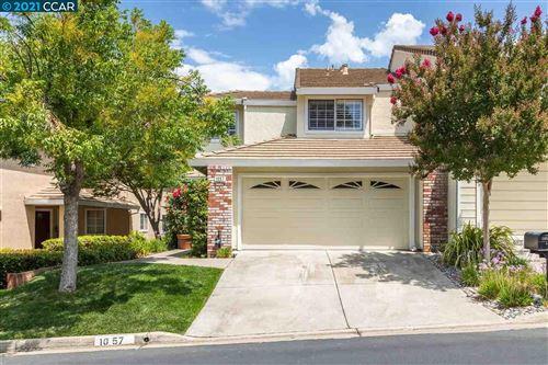 Photo of 1057 Deer Oak Pl, CONCORD, CA 94521 (MLS # 40959595)