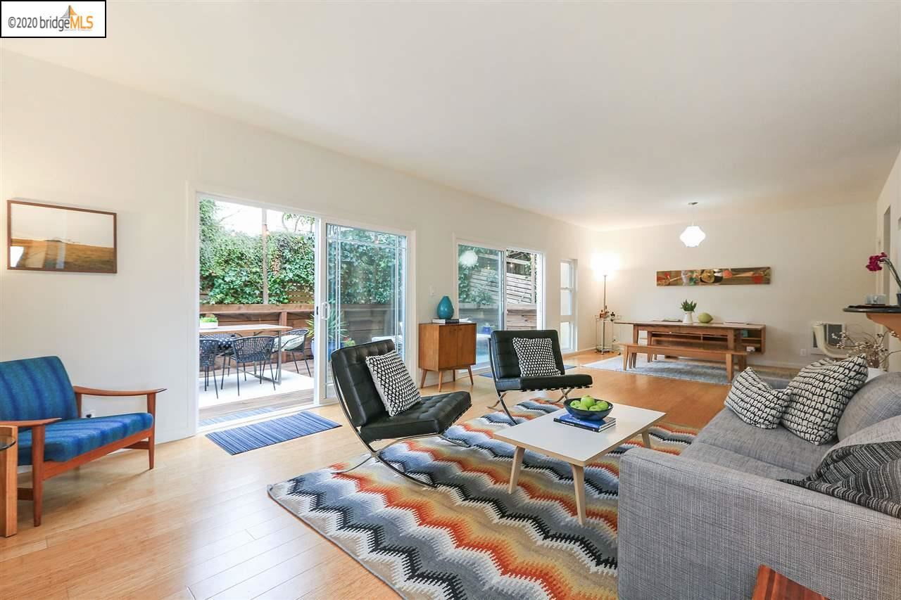 Photo for 5416 Broadway #2, OAKLAND, CA 94612 (MLS # 40895595)