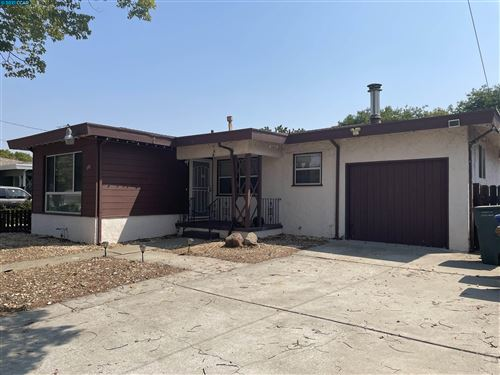 Photo of 291 Dimaggio Ave, PITTSBURG, CA 94565-3705 (MLS # 40965598)