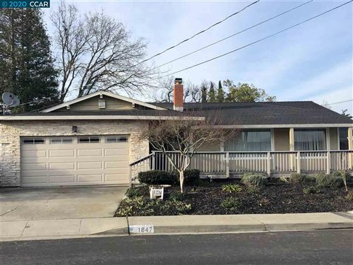 Photo of 1847 Elkwood Dr, CONCORD, CA 94519 (MLS # 40906599)