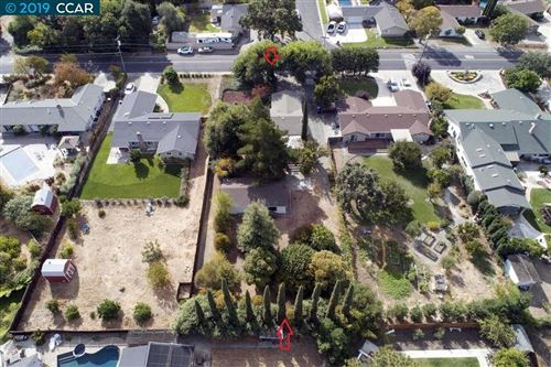 Photo of 3883 Walnut Ave, CONCORD, CA 94519 (MLS # 40886602)
