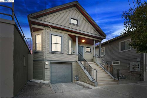 Photo of 1015 26th Street, OAKLAND, CA 94607 (MLS # 40890602)