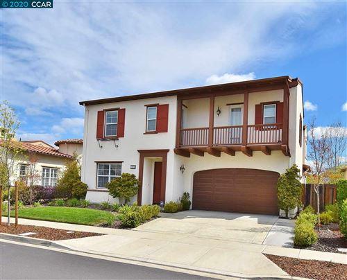 Photo of 3075 Griffon Street E, DANVILLE, CA 94506 (MLS # 40905602)