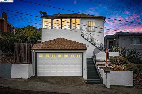 Photo of 9980 Lawlor St, OAKLAND, CA 94605 (MLS # 40915603)