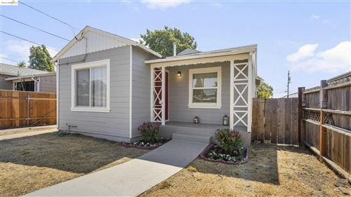 Photo of 10621 Pippin Street, OAKLAND, CA 94603 (MLS # 40967604)