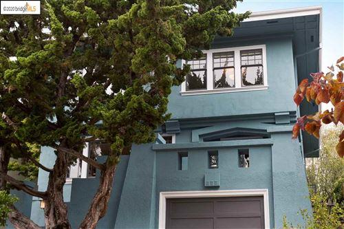 Photo of 578 Walavista Ave, OAKLAND, CA 94610 (MLS # 40915605)