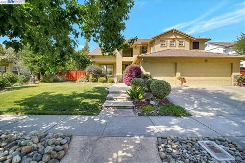 Photo of 1590 Cheryl Drive, LIVERMORE, CA 94550 (MLS # 40955605)